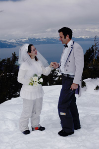 Mountaintop wedding in the middle of winter at Heavenly Mountain Resort